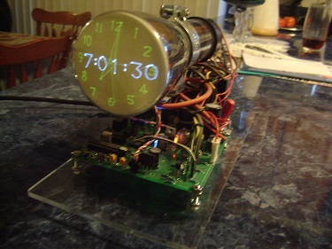 Blue/Yellow phosphor scope clock
